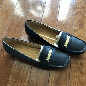 Naturlizers Loafers 11